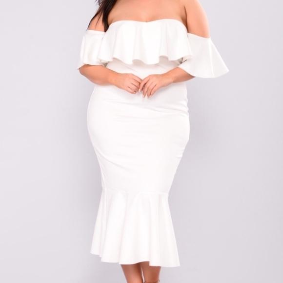 cfa658763b9d0 White Flounce Dress NWT
